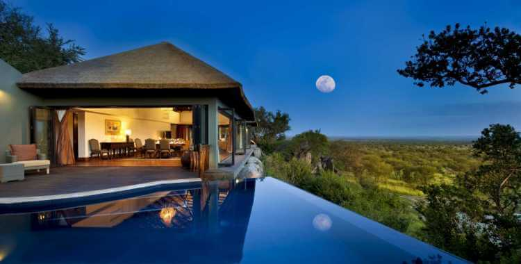 luxury-safari-lodge